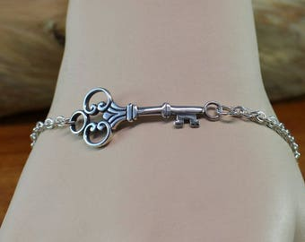 Sterling silver skeleton key bracelet