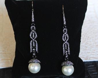 Black Avant garde Earrings Pearl Wedding Earrings Long Art Deco Earrings Gatsby Earrings Roaring 20s earrings geometric earrings