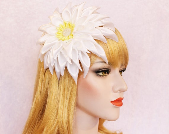 Dahlia Flower Fascinator Swiss dot veil Wedding headpiece fascinator Dahlia hair clip Fascinator polka dot Juliet cap veil Wedding dress
