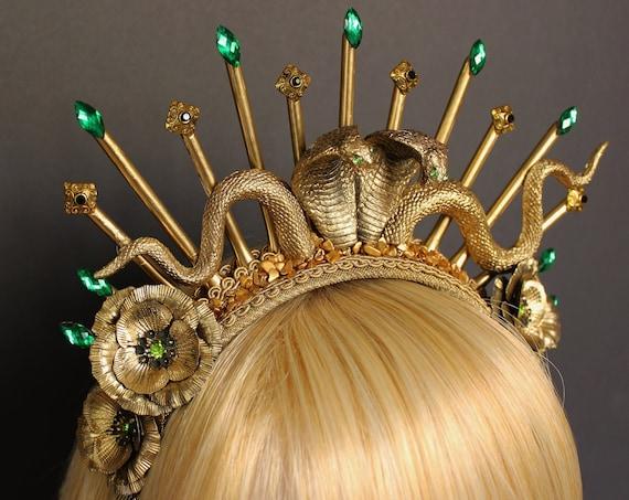 Medusa Crown Snake Queen Costume Headpiece Cobra Crown Spiked Halo Snake Witch Goddess Headband Gothic Snake Headband Burlesque Headdress