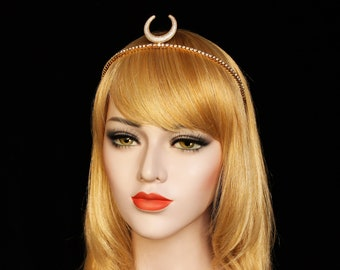 Gold Luna crown Minimalist Celestial Bridal Tiara Moon Crown Wedding Headband Gold Crescent Moon Goddess Headpiece Gothic Dark Witch Tiara