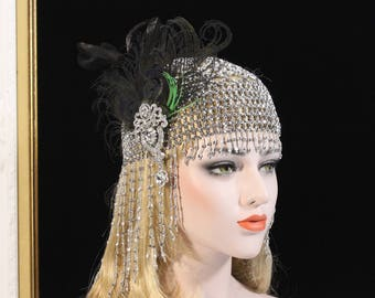 Great Gatsby Headpiece 1920s Soiree 20s Flapper Beaded Cap Art Deco Hair Piece Gatsby Dress Bachelorette Hen Party Feather Fascinator Clip