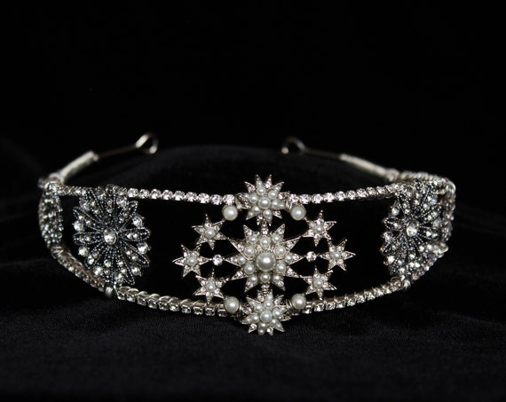 Silver Star Crown Celestial Double Halo Headpiece Wedding celestial Tiara Bridal Star Headband Celestial Wedding dress Accessory