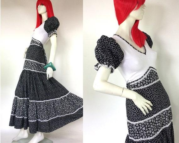 Vintage 1970s puff sleeve floral maxi dress  / Hip