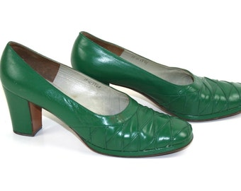 Vintage 1970s green deco SHOES / HEELS 1940s /  Mod 60s / dancing shoes / UK6.5 / 39.5