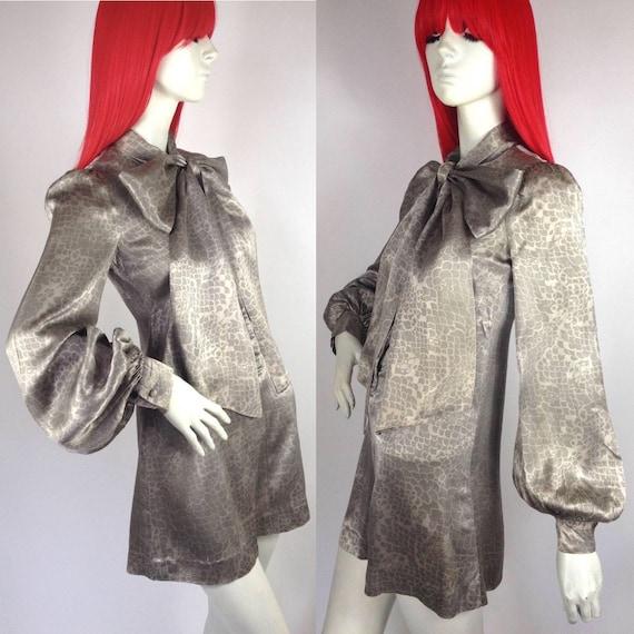 Vintage 1960s BIBA satin mini dress // balloon sle