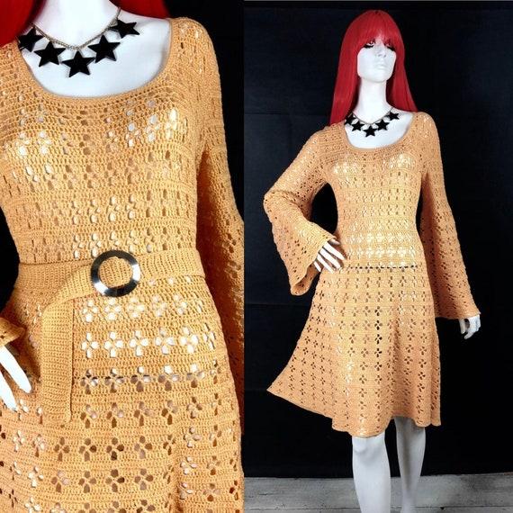 1970s vintage peachy crochet knit Mod dress / Doll