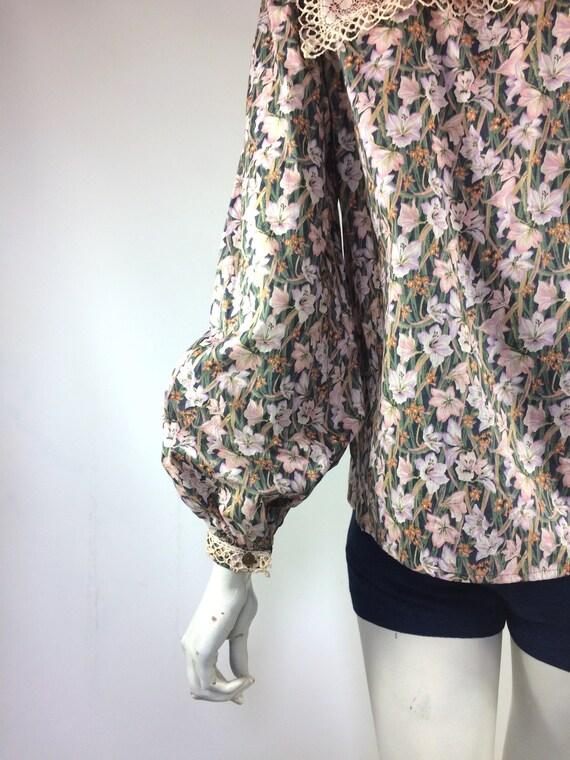 1970s Liberty lace bib Edwardian prairie blouse /… - image 5
