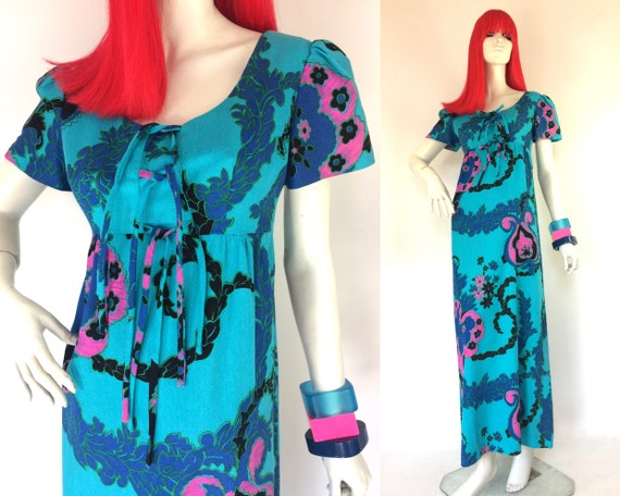 1970s Vintage Hawaiian cotton maxi dress / Tiki /