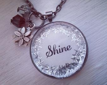 Shine glitter surround pendant necklace