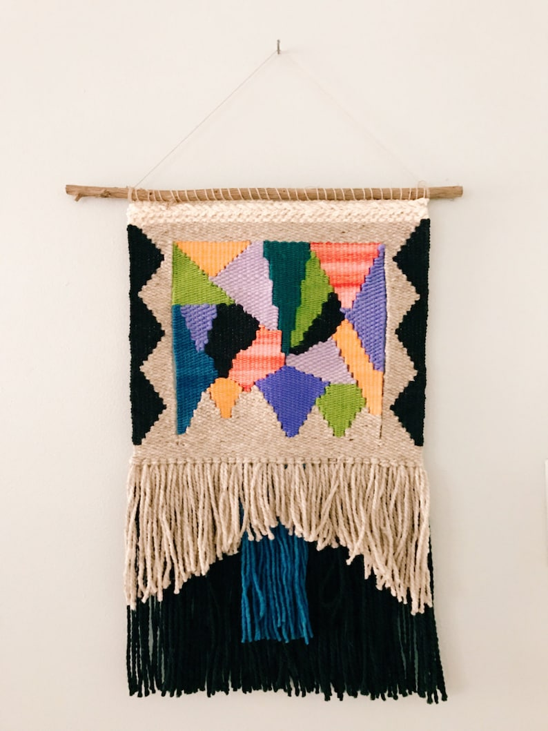 color play / wall hanging weaving talestry with tassels / image 0
