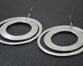 Hoop aluminum earrings
