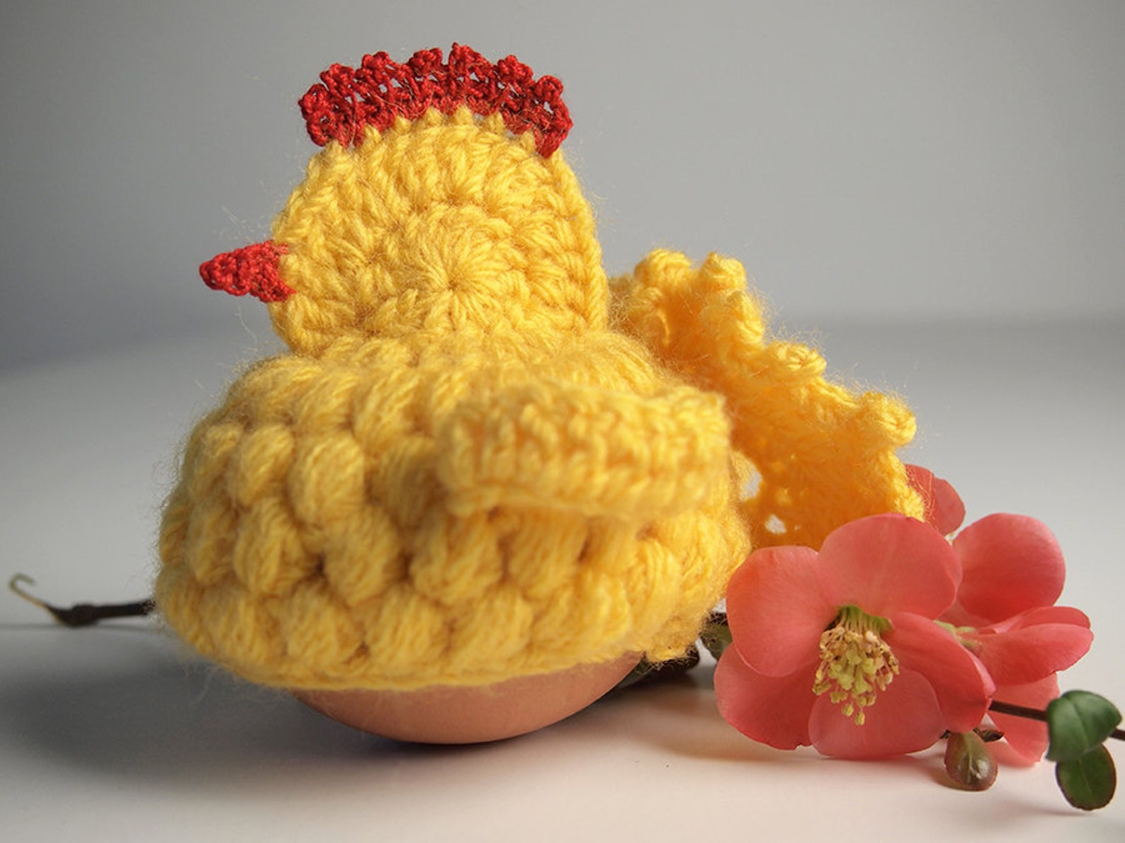 Easter chick (egg cozy), Crochet PDF pattern, English + German, Instant download, Easter Chicken