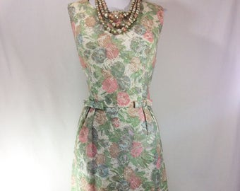 1960s Sleeveless Floral Lace Wiggle Dress with Bows and Matching Necklace size M/L