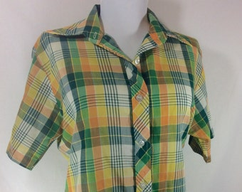 FREE SHIPPING! Womens 1970s Green and Yellow Plaid Cotton Button Up size S/M