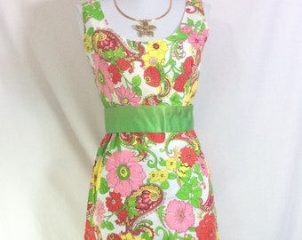 1960s/1970s Floral Paisley Sleeveless Maxi Dress with Green Satin Ribbon Belt size S