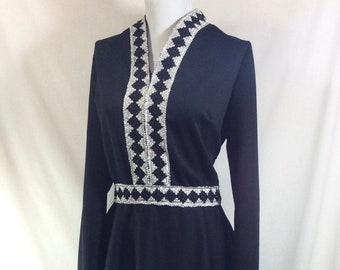 1960s Black and Silver Long Sleeved V-Neck Mod Dress size L-XL