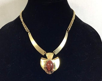 1970s Gold Statement Necklace with Amber Confetti Lucite Stone