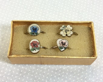 1970s Set of 4 Stackable Brass Wildflower Rings size 5