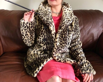 Vintage Faux Fur Leopard Print Button-Up Pea Coat with Oversized Collar size M