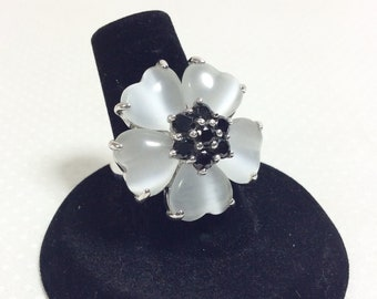 Vintage Sterling Silver Moonglow Grey Heart Flower Ring with Onyx Cluster size 6