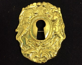 1940s Signed Keyhole Renaissance Brooch with Wizard and Unicorn
