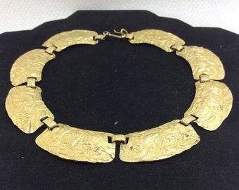 1960s Golden Goddess Textured Link Choker Necklace