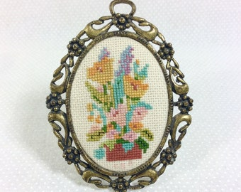 1960s Floral Needlepoint Wall Hanging Art in Tiny Standing Oval Filigree Frame