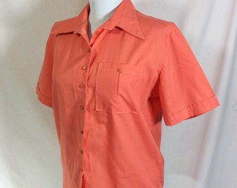 1960s Coral Short Sleeve Button Up Rockabilly Blouse size M