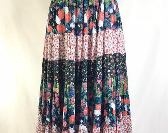 1970s Indian Cotton Patchwork Floral Boho Maxi Skirt size S/M
