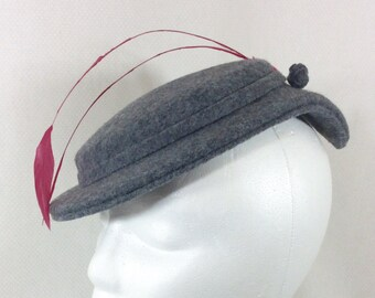 1940s Grey Felt Fascinator with Magenta Feathers and Felt Rose Pins