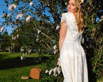 1980s Lace Tea Length Wedding Dress with Open Back size S/M