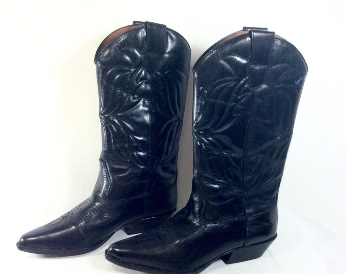 Featured listing image: Reserved-Vintage Genuine Black Leather Cowboy Boots size 7.5
