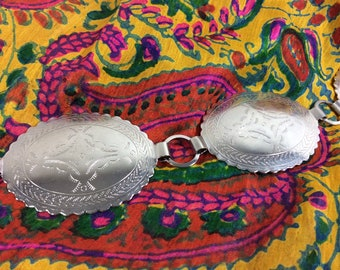 1980s Silver Southwestern Embossed Concho Link Belt size M