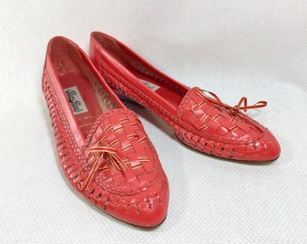 1980s Red Brazilian Leather Woven Loafers with Gold Ribbon size 7.5