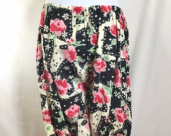 1940s Floral Polka Dot Bloomer Shorts with Elastic size M