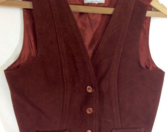 30% OFF! Women's Vintage Rust Brown Leather Vest size M