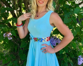1960s Pleated Sky Blue Mini Dress with Floral Embroidered Tie Waistband size S