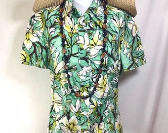 1970s Handmade Hawaiian Cruise Short Sleeve Button Up Blouse size M