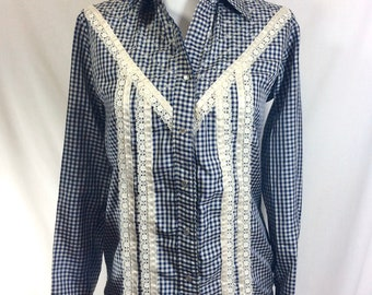 1970s Pearl Snap Gingham Rockmount Eyelet Western Shirt with Lace and Ribbon Trim size M