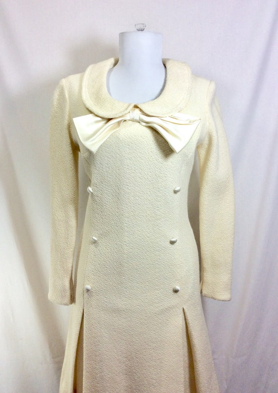 1960s Wool Ivory Minidress with Peter Pan Collar … - image 3