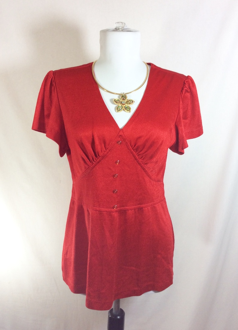 1970s Cherry Red Short Sleeve Blouse with Kimono Style Waistband size SM