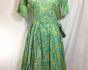 1960s DEADSTOCK Cotton Floral Button Up Short Sleeve Day Dress size S