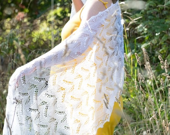The authentic Haapsalu shawl, Estonian Lace, Lily-of-valley with leaf
