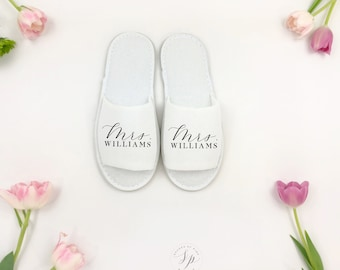 Personalized Mrs Slipper, Bride slipper, Bridesmaid Slipper, Mrs Gift, Bridal Shower Gift, Bridal Slippers, Wedding Slippers,Bridesmaid Gift