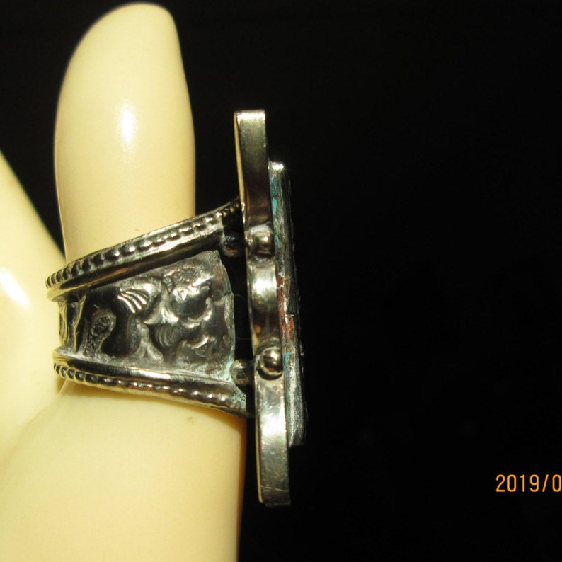 21.2 Grams Native Tibetan Silver With Genuine Turquoise and Coral Ring Size 8.5 Wt