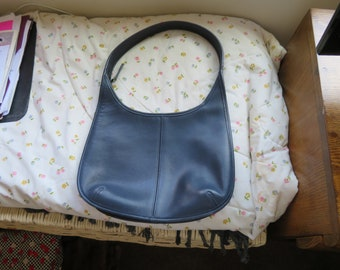Vintage Authentic Coach NOT-USED Ergo Hobo Shoulder Bag Blue Leather 9025, Short Strap, Small Purse