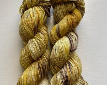 Silver Stellina Hand Dyed Yarn, Speckled Yarn, Sock Yarn, Colorful Yarn, Indie Dyed Yarn, Speckled Sock Yarn, Harvest Yarn