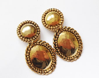 4c4fb505ba87 Vintage 90 s Dangly Clip On Earrings