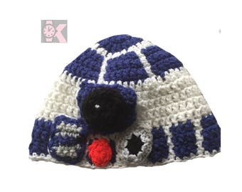 Star Wars R2D2 Droid Wool Beanie Hat. May the Force be with You